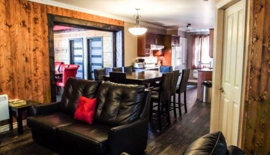Cuisine et salon à l'étage