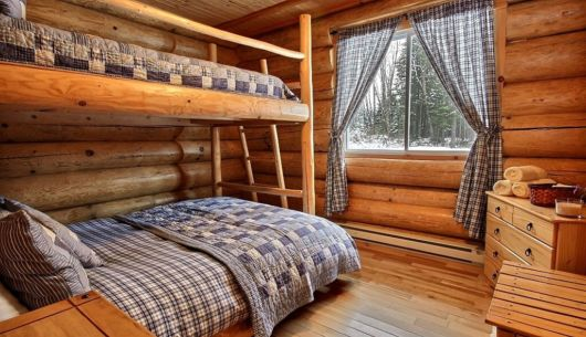 Chambre avec lit Queen et lit simple supperposé - Chalet Lynx