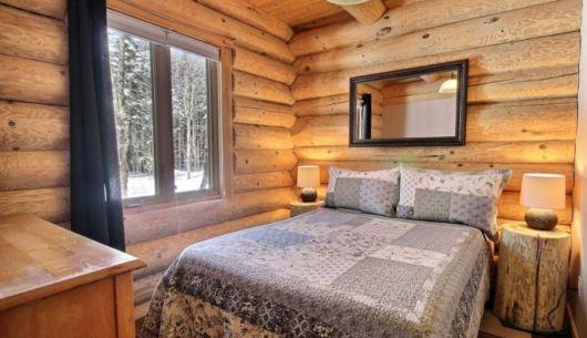 Chambre avec lit Queen - Chalet Forestier