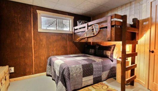Chambre avec lit Queen et lit simple supperposé - Chalet Forestier
