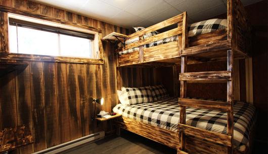 Chambre avec lit 2 lits Queen - Chalet Légende