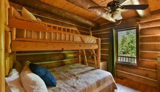 Chambre avec lit Queen avec lit simple - Chalet Huard