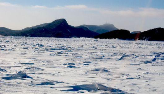 Paysage du Bic en hiver lorsque la mer est gelée